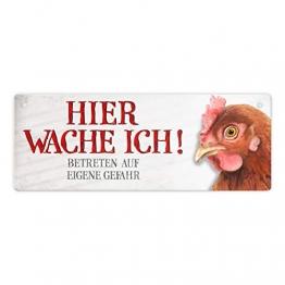Metallschild mit Huhn Motiv und Spruch: Betreten auf eigene Gefahr - Hier wache ich! - 1